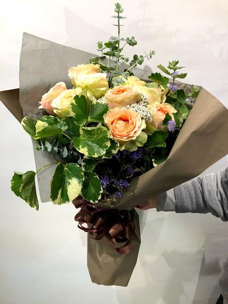 大輪のバラの花束★★★